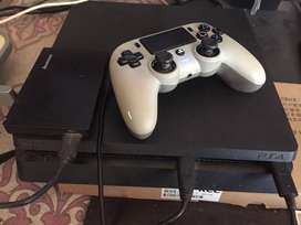 SONY PS4 1TB with free games