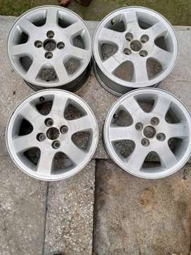 Japanese alloy rims 14 inch. READ FULL AD. No sms