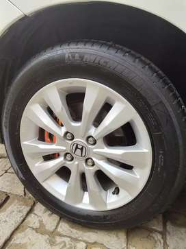 Very good condition tyre