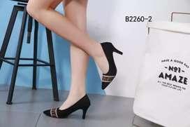 Sepatu fendi roma asli