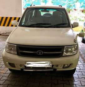TATA SAFARI DICOR IN EXCELLENT CONDITION WITH ALL NEW TYRES