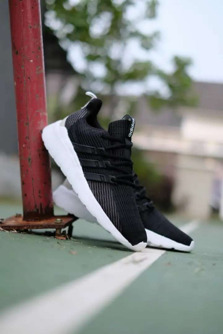 Adidas Questar Flow Black Grey White 0