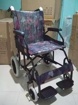 Kursi roda travelling hitam 868 new