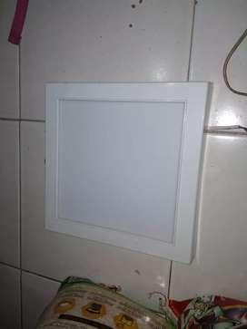 Lampu LED kotak