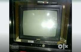 Onida tv with antina whole set