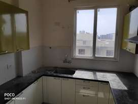 3 BHK apartment for rent at Gandhi path with amenities
