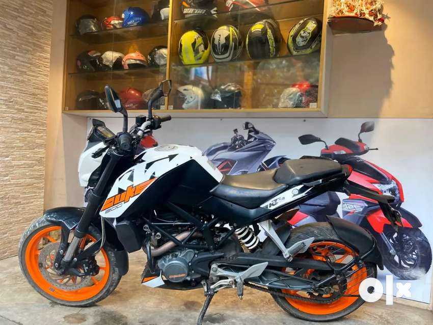 2017 End KTM Duke 200 For Sale in immaculate condition 0