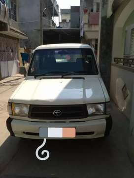 Toyota Qualis 2002 Diesel Well Maintained