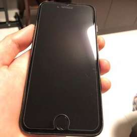 Iphone 7 jet black in perfect strecthless condition