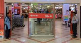 URGENTLY HIRING BOYS AND GIRLS IN SHOPPING MALL FRESHER CANDIDATE