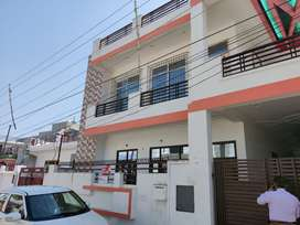 Tolet house