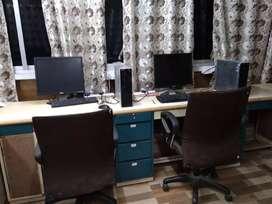 Office desk on rent, prime location in versova Andheri west