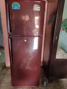 Good condition fridge Samsung double decor 260 litre frost free