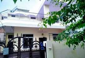 For rent : Near Gandhinagar Rly Stn. for Family/Girls
