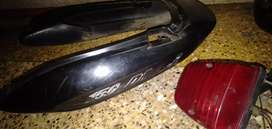 Pulsar 150 cowl and tail light for sell.