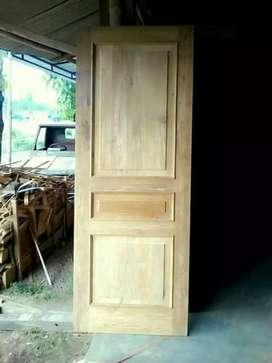 Daun pintu dan kusen jati
