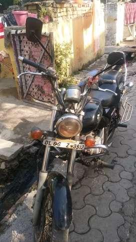Bajaj Avenger 180 is for sale @ just ₹ 14000/ only.