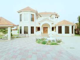 5 kanal Luxurious Farm House Fully Furnished available for Rent Lahore