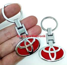 AB  gantungan kunci logo TOYOTA