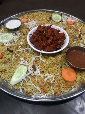 Iam a all rounder chef spl in arabian dishes