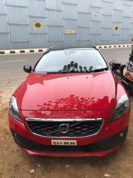 Volvo V40 Cross Country 2014 Diesel Well Maintained