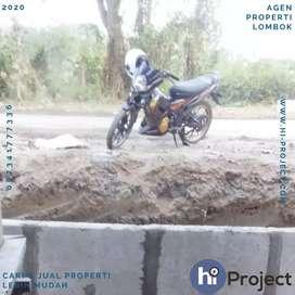 Tanah pinggir jalan di Kuta Lombok tengah T457