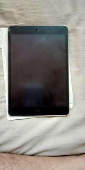 iPad Mini 2 (32 GB)