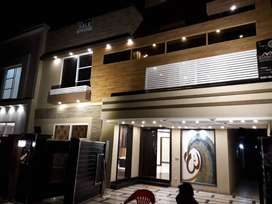 10 marla brand new house for sale Bahria town lahore