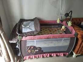 Box Tempat Tidur Bayi Pliko