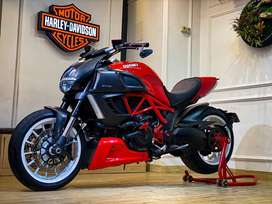 DUCATI DIAVEL RED BASE UPGRADE TO RED CARBON TH 2012
