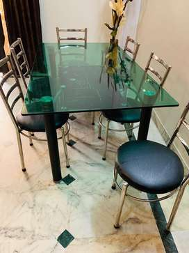 Dining Table for SALE Grab the deal Hurryyyyy