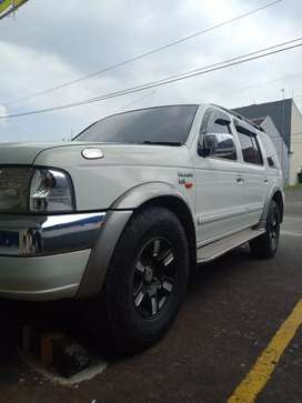 Ford everest murah
