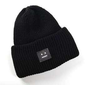 Topi Kupluk Wol Smiley Face Beanie Hat