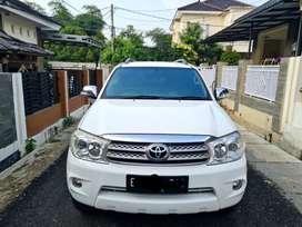 Toyota Fortuner G 2.5 diesel 2010 AT