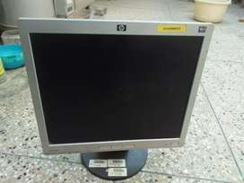 Hp LCD januane good condition 18 inch