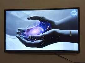 "New boxes Sony 24"" full HD LED TV"
