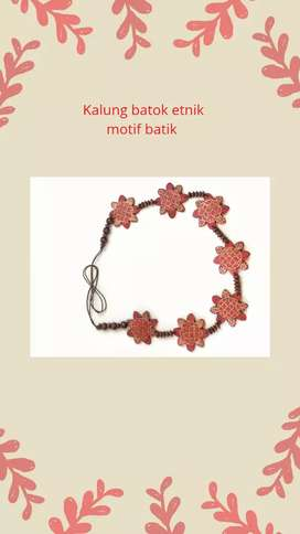 Kalung batok etnik motif batik Tali