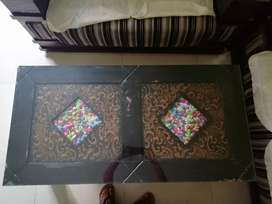 CENTER GLASS TABLE
