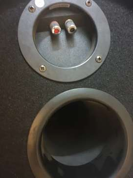 Sony Xplod Amplifier and JBL 500W Basstube