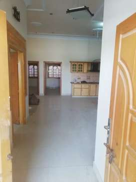 A newly constructed 4 bedrooms floor available for rent in kohsar
