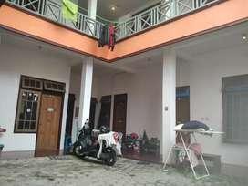 Rumah Induk + Kost2an Murah 2 Lt Dekat UGM - Barat Hotel Hyatt