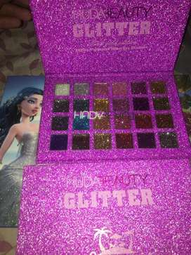 Branded palettes r available now
