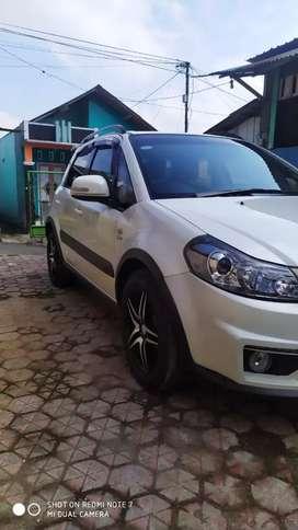 Mini SUV SUZUKI X OVER SX4 RC1