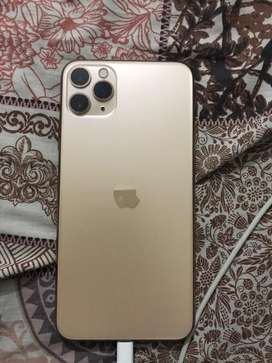 Iphone 11 Pro Max 256gb (10/10 Condition)
