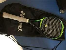 Yonex E-Zone 98  original, mulus, baru dipakai 4 kali