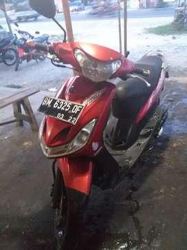 {JUAL CEPAT }Yamaha mio sporty 2012