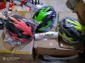 Helm sepeda bolt Polygon
