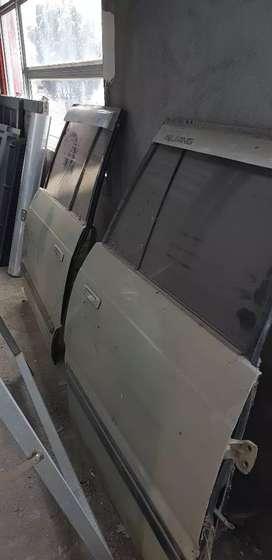 Pintu tengah kijang lgx 2004