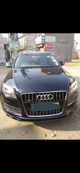 Audi Q7 model 2011 diesel with good condition