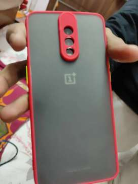 Oneplus 6t 1 yr old with Box chrgr in screen fingerprint not working